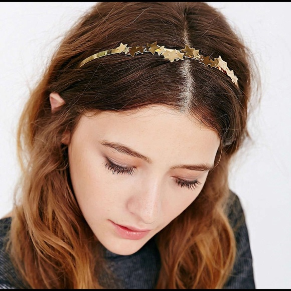 Urban Outfitters stars headband 🌟💫✨. M 5bc9d197c9bf509bb66e178f 2ebc670846d